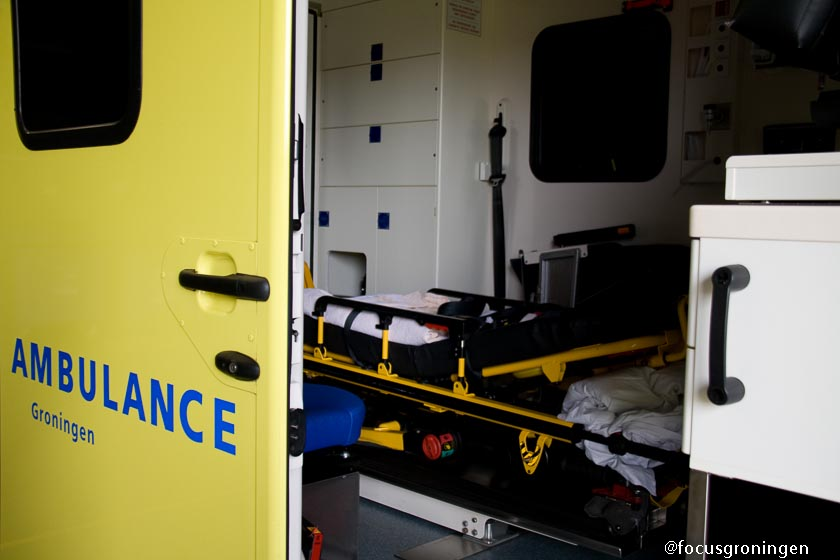 gemeente groningen - ambulance-1