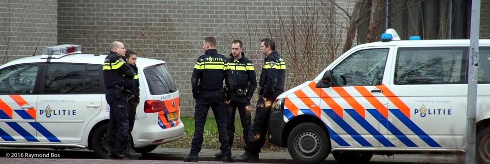 Politie zoekt overvaller--2